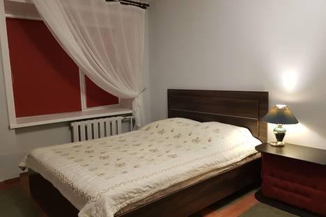Сдается 1-комнатная квартира посуточно в Иркутске, 4-я Железнодорожная улица, 102.