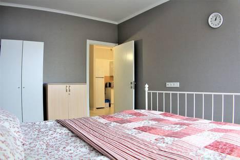 Сдается 2-комнатная квартира посуточно в Звенигороде, Нахабинское шоссе д.1, к.3.