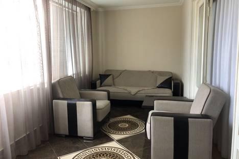 Сдается 4-комнатная квартира посуточно, T'bilisi, Ioseb Noneshvili Street.