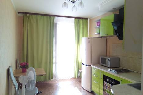 Сдается 1-комнатная квартира посуточно, проспект Ракетостроителей, 7 корпус 1.