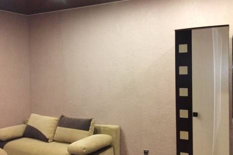 Сдается 2-комнатная квартира посуточно в Орше, Хигрина улица, 40а.