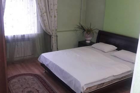 Сдается 2-комнатная квартира посуточно в Караганде, улица Лободы, 12.