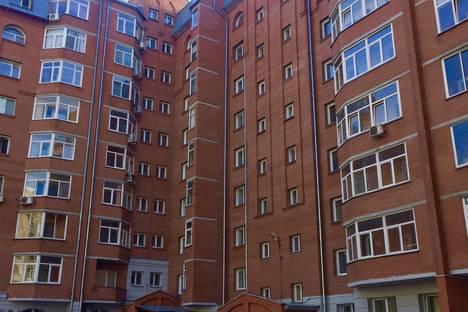 Сдается 1-комнатная квартира посуточно, 1-й переулок Римского-Корсакова, 5.