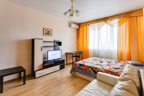 Сдается 1-комнатная квартира посуточно в Ростове-на-Дону, Гвардейский переулок, 11.