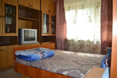 Сдается 1-комнатная квартира посуточно, улица Рогачева, 19.
