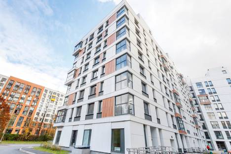 Сдается 2-комнатная квартира посуточно, бульвар Академика Ландау, 1.