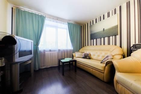 Сдается 1-комнатная квартира посуточно в Екатеринбурге, улица Академика Бардина, 6.