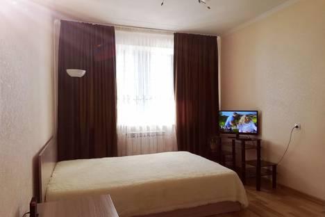 Сдается 1-комнатная квартира посуточно, проспект Фоменко, 72.
