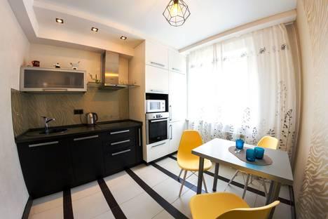 Сдается 1-комнатная квартира посуточно в Перми, улица Максима Горького, 76.