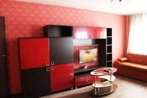 Сдается 2-комнатная квартира посуточно в Кемерове, улица Дзержинского, 5А.