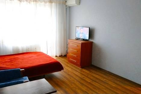 Сдается 1-комнатная квартира посуточно в Николаеве, ул. Лазурная 6А.