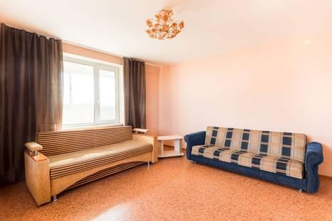 Сдается 2-комнатная квартира посуточно в Томске, улица Большая Подгорная, 87.