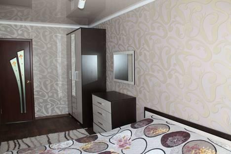 Сдается 2-комнатная квартира посуточно в Уральске, проспект Евразия, 107.
