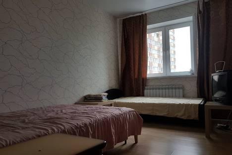 Сдается 2-комнатная квартира посуточно в Ульяновске, улица Кирова, 6.