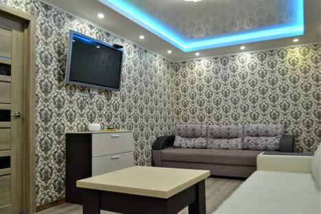 Сдается 3-комнатная квартира посуточно в Мурманске, проспект Кирова, 17.