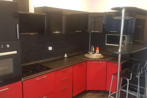 Сдается 2-комнатная квартира посуточно в Оренбурге, улица Высотная, 6.