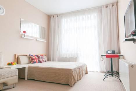 Сдается 2-комнатная квартира посуточно в Абзаково, ул. Вокзальная, 3.