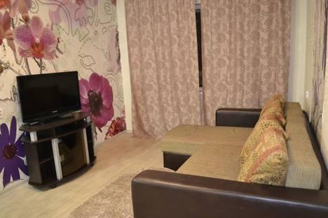 Сдается 2-комнатная квартира посуточно в Мурманске, улица Маклакова, 52.