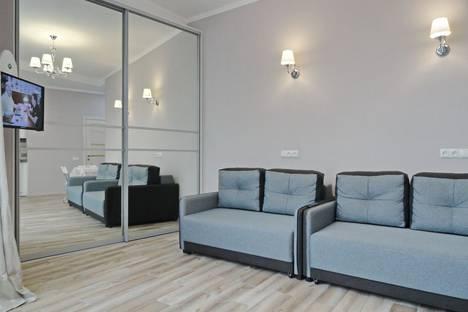 Сдается 1-комнатная квартира посуточно в Ялте, улица Нагорная, 16.