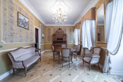 Сдается 4-комнатная квартира посуточно в Москве, Пожарский переулок, 9.