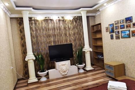 Сдается 1-комнатная квартира посуточно в Ростове-на-Дону, проспект Королева, 1И.