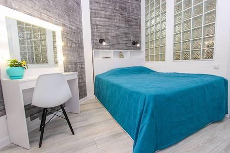 Сдается 2-комнатная квартира посуточно в Феодосии, Черноморская набережная, 1Д.