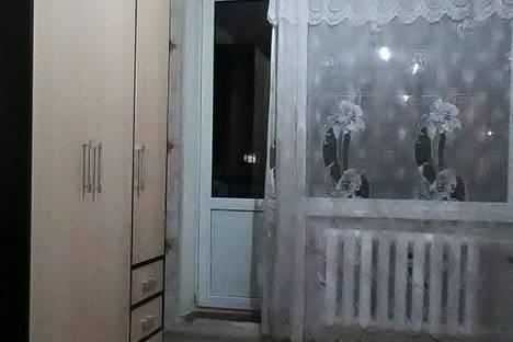 Сдается 1-комнатная квартира посуточно в Волжском, улица Мира, 44.