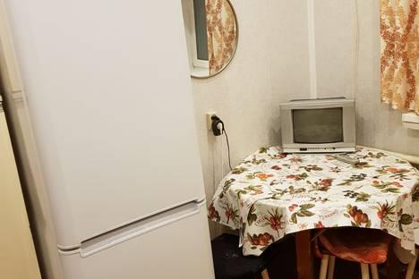 Сдается 2-комнатная квартира посуточно в Кирове, Кировская область,Маклина улица, 47.