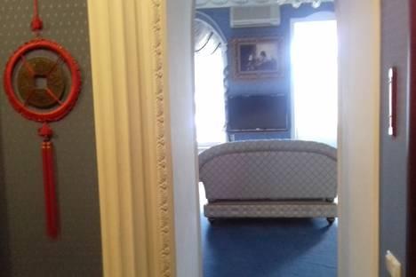 Сдается 1-комнатная квартира посуточно в Ялте, улица Чехова, 11.