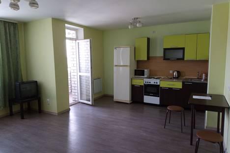 Сдается 1-комнатная квартира посуточно в Берёзовском, Восточная улица, 5.