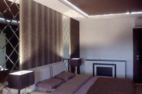 Сдается 1-комнатная квартира посуточно в Чебоксарах, проспект Ленина, 7.
