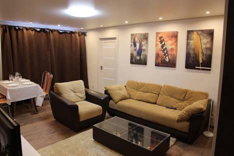 Сдается 2-комнатная квартира посуточно, проспект Мира, 113.