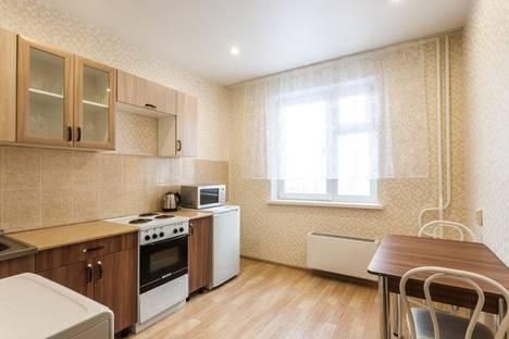 Сдается 1-комнатная квартира посуточно, улица Алексеева, 7.