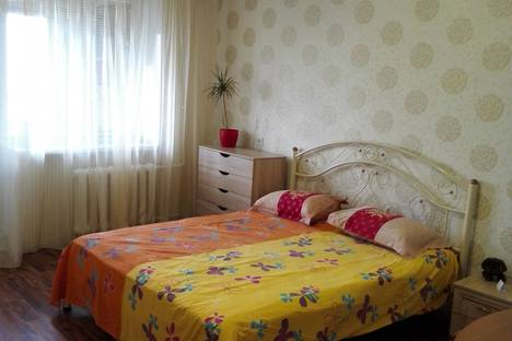 Сдается 1-комнатная квартира посуточно в Мариуполе, Маріуполь, проспект Миру, 102.