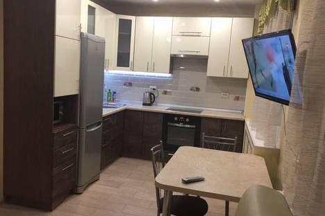 Сдается 2-комнатная квартира посуточно в Кирове, Ленина улица, 73.