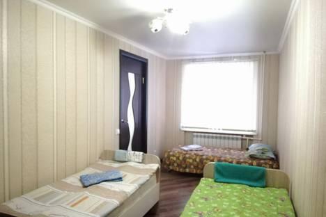 Сдается 2-комнатная квартира посуточно в Сызрани, улица Жуковского, 29.