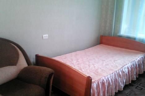 Сдается 1-комнатная квартира посуточно в Абакане, улица Пушкина, 97.