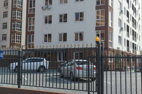 Сдается 2-комнатная квартира посуточно в Сочи, Грузинская Мамайка, улица Волжская, 34.