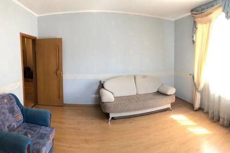 Сдается 2-комнатная квартира посуточно, Москва, улица 3-е Почтовое Отделение, 47к2.
