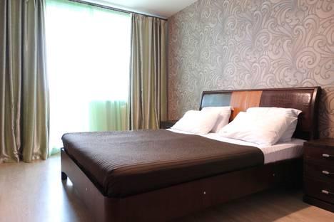 Сдается 2-комнатная квартира посуточно в Туле, улица Серебровская, 16В.