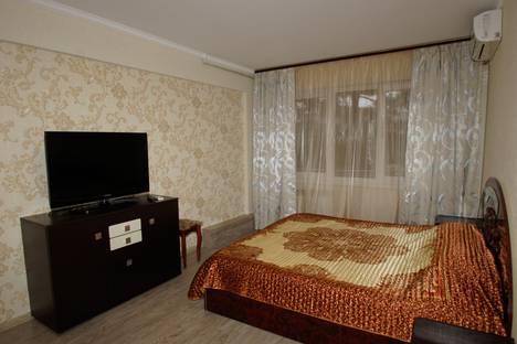 Сдается 2-комнатная квартира посуточно, Партизанская улица, 4.