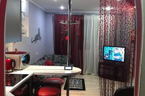 Сдается 2-комнатная квартира посуточно в Серпухове, Московское шоссе, 51.