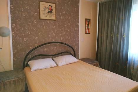 Сдается 1-комнатная квартира посуточно в Челябинске, улица Калинина, 19.
