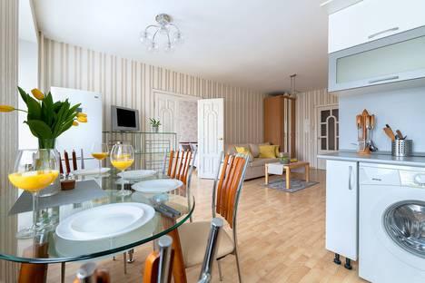 Сдается 2-комнатная квартира посуточно, Пушкинская улица, 4.