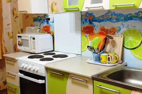 Сдается 2-комнатная квартира посуточно в Норильске, улица Космонавтов, 17.
