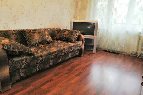 Сдается 2-комнатная квартира посуточно в Чехове, улица Московская 94/1.