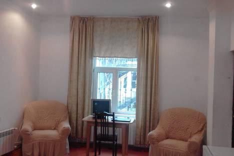 Сдается 1-комнатная квартира посуточно, Баку.