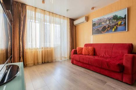 Сдается 2-комнатная квартира посуточно в Москве, ул. Большая Грузинская, 63, с.1.