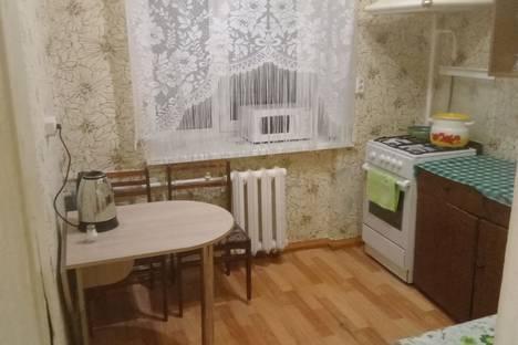 Сдается 1-комнатная квартира посуточно в Воткинске, улица Шамшурина, 11.