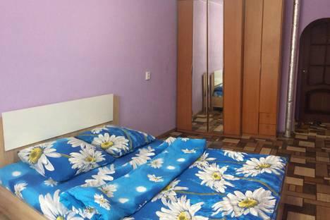 Сдается 2-комнатная квартира посуточно, улица Ватутина, 45.